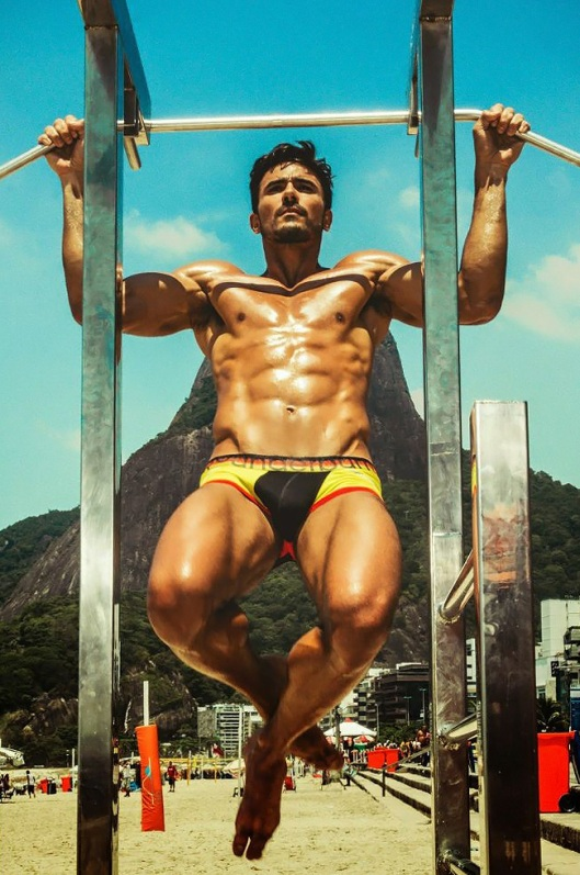Lucas-Gil-for-Rounderwear-World-Cup-Collection-2014-03