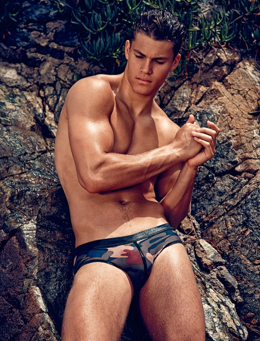 Tyler-Maher-Attitude-Swimwear-Daniel-Jaems-ES-COLLECTION